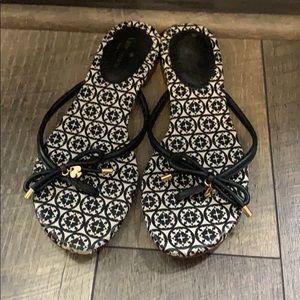 Auth Kate Spade ♠️ signature flip flop sandals 9.5